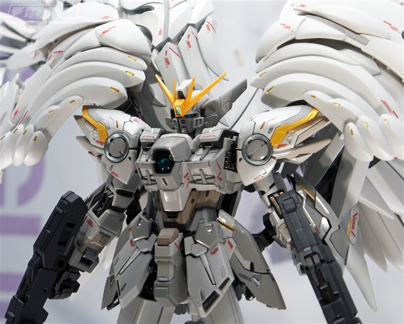 G.F.F. Metal Composite WING GUNDAM SNOW WHITE PRELUDE: images, info