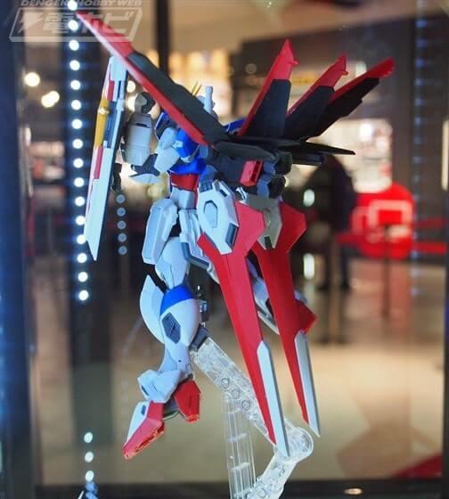 rear view of Force Impulse Gundam