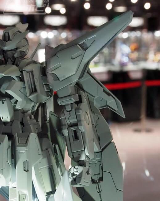 shoulder of Gundam Kyrios