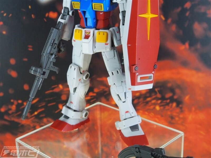 legs closeup of Gundam the Origin Custom