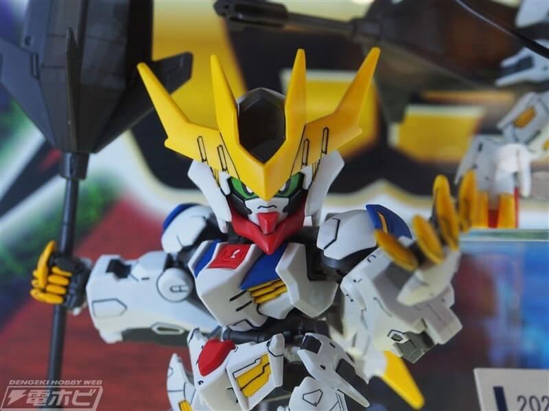 closeup of SDCS Gundam Barbatos Lupus Rex