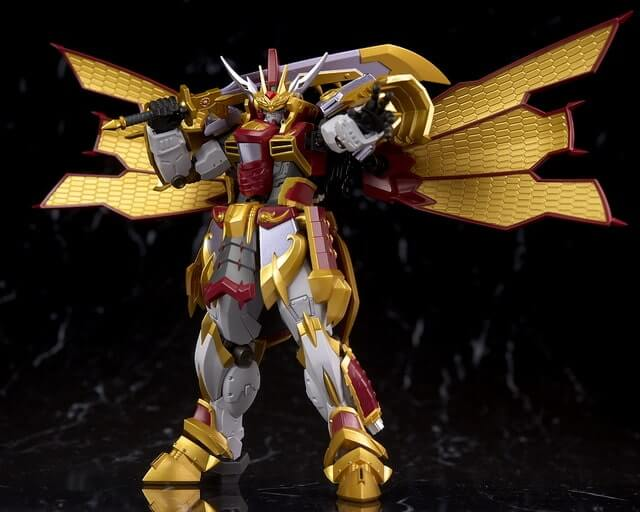 Cao Cao Gundam Real Type with sword