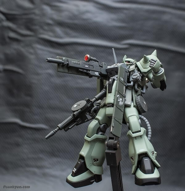 another image on display stand of the zaku stutzer
