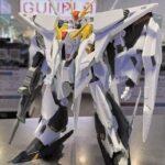 New images: HGUC 1/144 Xi Gundam