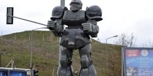 "Super Fake Zaku Statue in Turkey. Gökçek: ""Respect the robot"" WOOOOOOT?????? Full Info"