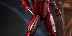 [Iron Man 3] 1/6 Mark XXXIII Silver Centurion: Official Hot Toys Photoreview No.15 Big Size Images, Full English Info from the Manufacturer