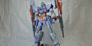 MegaSize 1/48 Gundam AGE-2 Double Bullet Custom: Remodeling work by Barudo. Photoreview