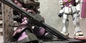 Gunpla Diorama: HGUC DOM Vs GM KAI: Work by グリーン Photo Review