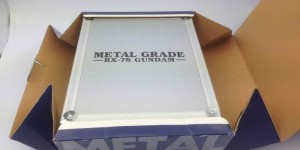 1/100 METAL GRADE RX-78 Gundam: BOX OPEN and Full Photo Review. A Lot of Hi Resolution Images!