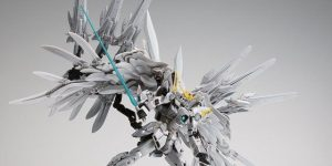 New photos today for the amazing P-Bandai G.F.F.M.C. Wing Gundam Snow White Prelude. Informations and many other