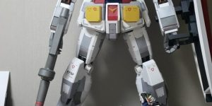 daeocean1221's Paper Model 1/18 scale [1meter tall] RX-78-2 GUNDAM full LEDs REVIEW (Many Images)
